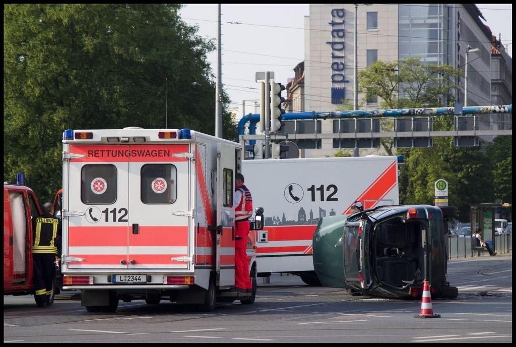Schwerer Verkehrsunfall am Neuen Rathaus - 1.5.2009