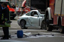Der beschädigte Porsche