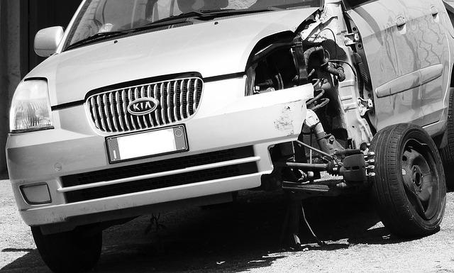 Verkehrsunfall mit wirtschaftlichem Totalschaden