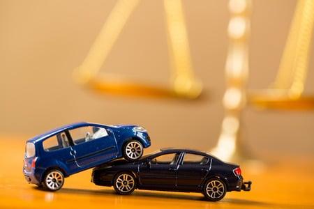 Verschenken Sie nach einem Verkehrsunfall keine Ansprüche. Deshalb Unfallregulierung nur mit Rechtsanwalt!