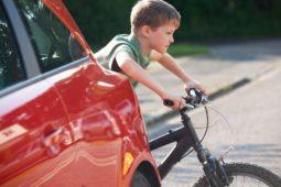 VErkehrsunfall mit Falschparke