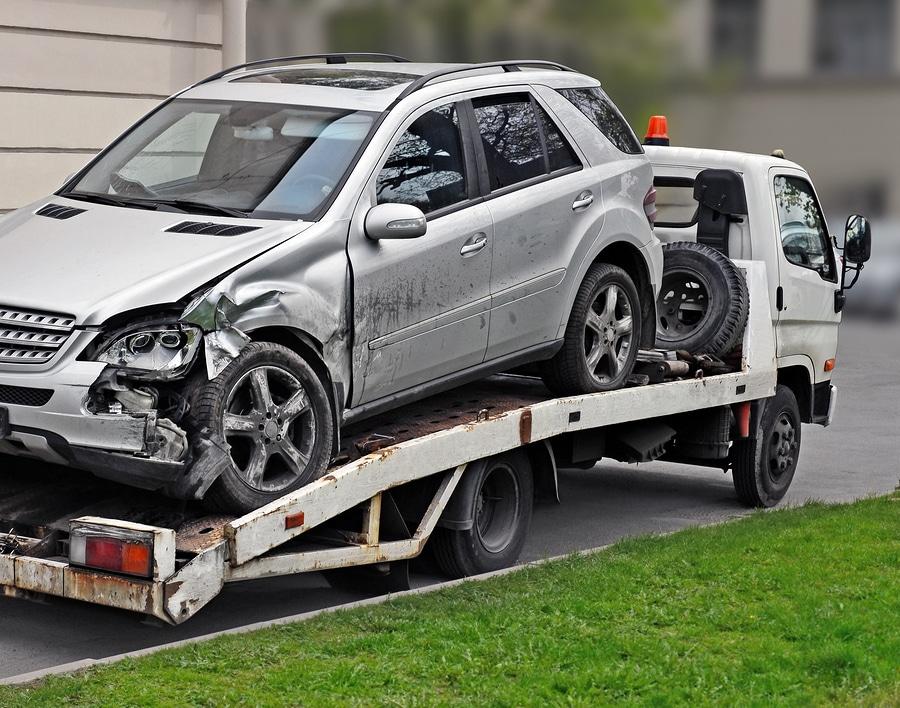 Restwertabzug bei Weiternutzung des Fahrzeugs im Totalschadenfall
