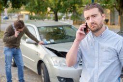 Verkehrsunfall: Rechtsanwaltskostenerstattung eines gewerblichen Unternehmens mit eigener Rechtsabteilung