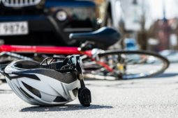 Verkehrsunfall mit 11-jährigem Radfahrer bei Rotlichtverstoß