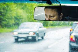 Verkehrsunfall beim Überholen einer Fahrzeugschlange - unklare Verkehrssituation?