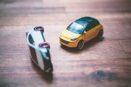 Verkehrsunfall: bevorrechtigter fließender Verkehr und Lückenrechtsprechung