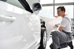 """Verkehrsunfall: Verweisung auf Reparaturmöglichkeit in einer """"freien Fachwerkstatt"""""""