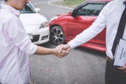 Verkehrsunfall: Anscheinsbeweis bei Fahrstreifenwechsel