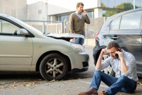 Mithaftung eines ohne zwingenden Grund abbremsenden Fahrzeugführers bei einem Auffahrunfall
