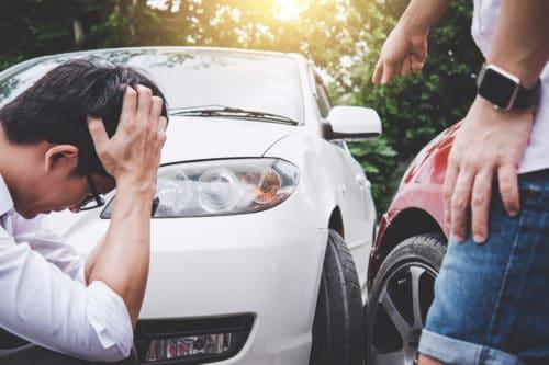 Verkehrsunfall: Kollision während gleichzeitigen Fahrstreifenwechsels