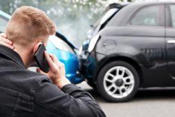 Verkehrsunfall - Auffahrunfall bei geringer Geschwindigkeit – Unfallmanipulation