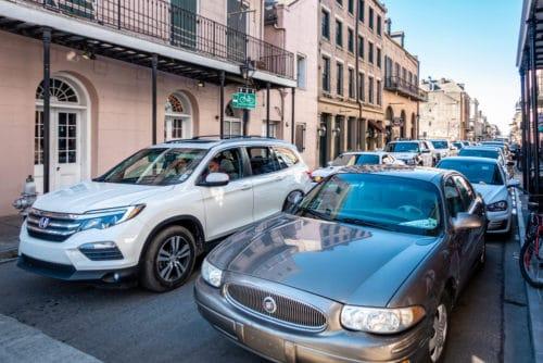 Verkehrsunfall – Fahrbahnverengung - Haftungsverteilung