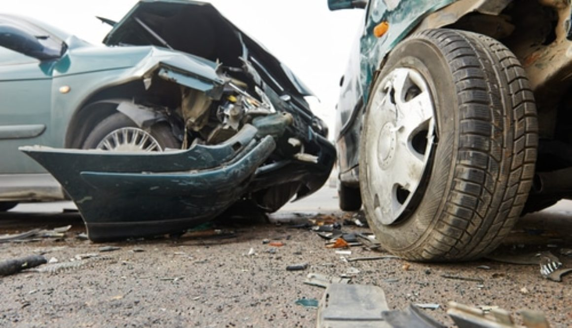 Verkehrsunfall - Widerlegung des Anscheinsbeweises für ein Verschulden des Linksabbiegers