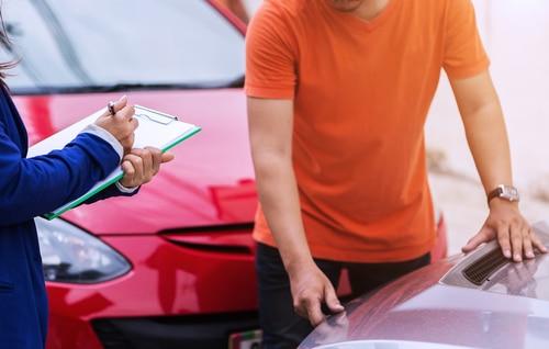 Verkehrsunfall - Erforderlichkeit von Sachverständigenkosten