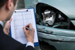 Verkehrsunfall - Erforderlichkeit der Nebenkosten des Sachverständigen