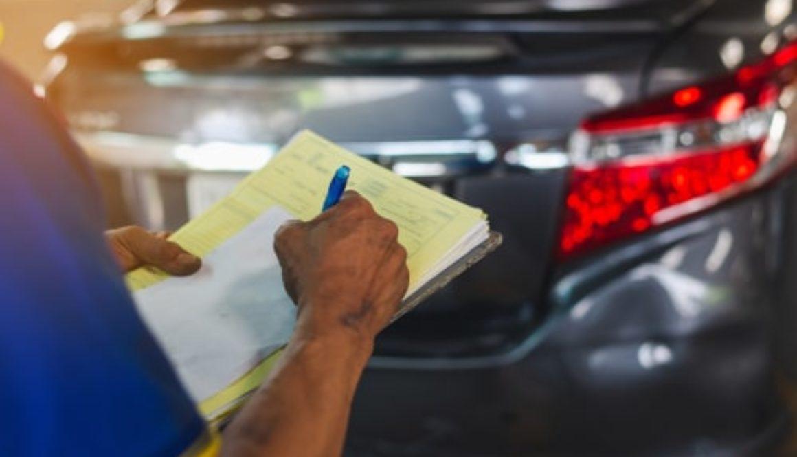 Verkehrsunfall - Verpflichtung zum Preisvergleich vor Beauftragung eines Sachverständigen?