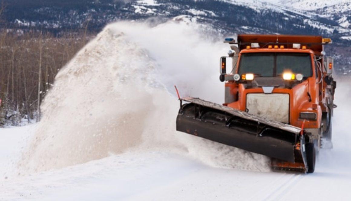Verkehrsunfall - Haftung bei Betrieb eines Schneepflugs