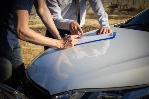 Verkehrsunfall - Ersatzfähigkeit von Nachbesichtigungsgutachterkosten