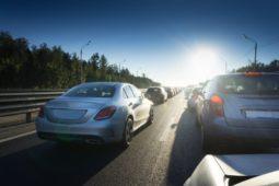 Verkehrsunfall - Sorgfaltspflichten bei Fahrstreifenwechsel