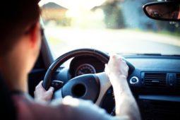 Verkehrsunfall - Sorgfaltspflichtverletzung des Linksabbiegers
