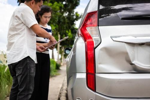 Verkehrsunfall - Ersatzpflicht bei verschweigen von Vorschäden