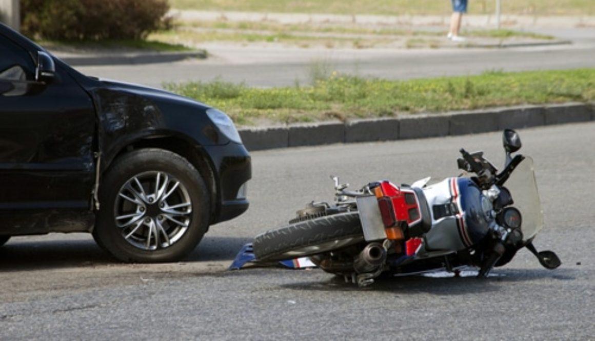 Auffahrunfall im räumlichen und zeitlichen Zusammenhang mit Fahrstreifenwechsel