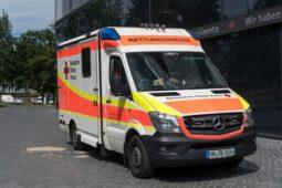 Verkehrsunfall - Betriebsgefahr eines Rettungswagens im Rahmen der Haftungsverteilung