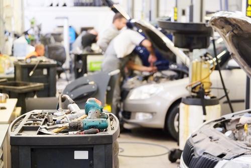 Verkehrsunfall - Zumutbarkeit der Verweisung auf mehrere Kilometer entfernte Werkstatt