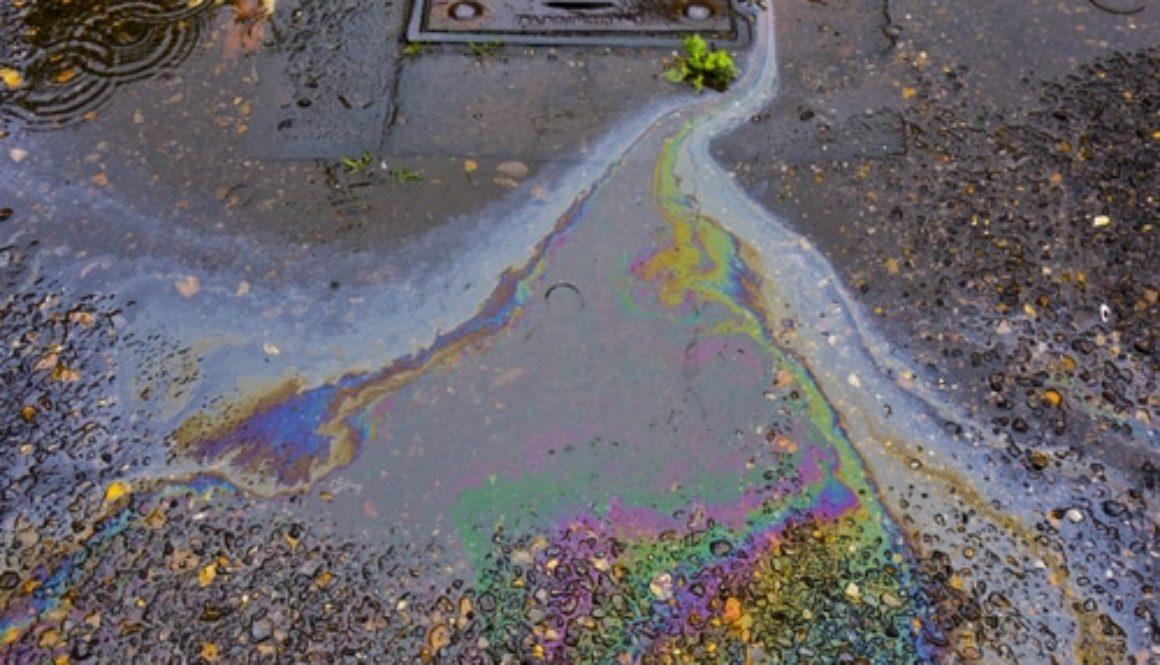 Fahrbahnverunreinigung mit Öl infolge Verkehrsunfall - Schadenersatzanspruch