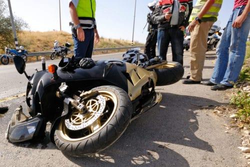 Kollision eines wartepflichtigen Pkw mit vorfahrtsberechtigtem Motorradfahrer