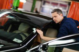 Verkehrsunfall - Reinigungskosten nach Lackierung und die Kosten für Probefahrt