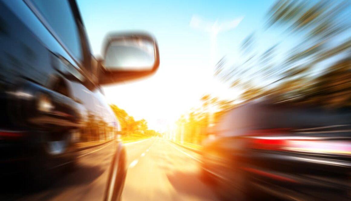 Kollision bei nicht angekündigtem partiellen Fahrspurwechsel